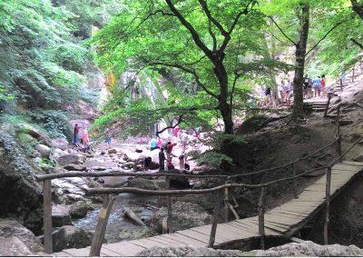 Экскурсия на водопад Джур-джур